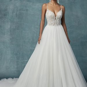 Mallory Wedding Dress Maggie Sottero | tulle ballgown lace wedding dress