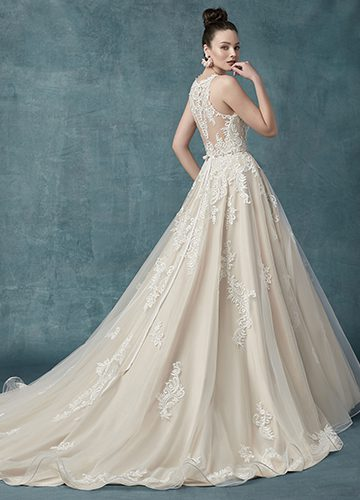 Shelissa Wedding Dress Maggie Sottero | tulle ballgown lace wedding dress