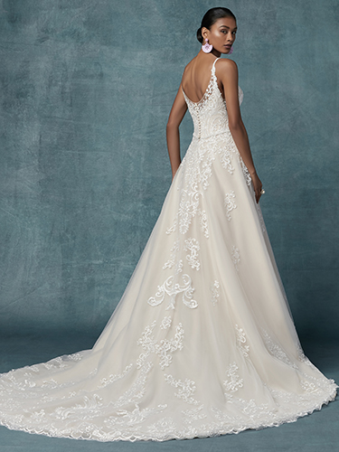 Wallis Wedding Dress Maggie Sottero | tulle a-line lace wedding dress